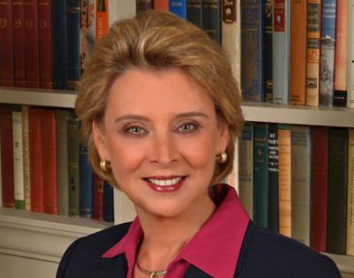Gov. Gregoire attends life sciences seminar