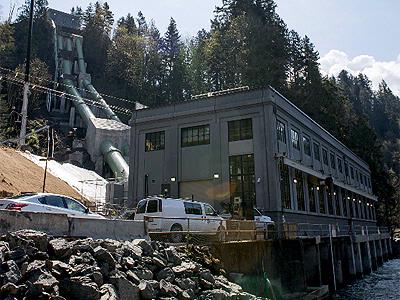 Snohomish Times Newspaper: Snoqualmie Falls Power Plant